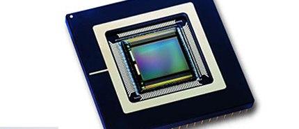 2003 年:美光開發 1.3-megapixel CMOS 影像感測器