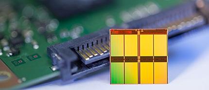 2013 年:美光推出世界最小的 16nm NAND 快閃記憶體裝置