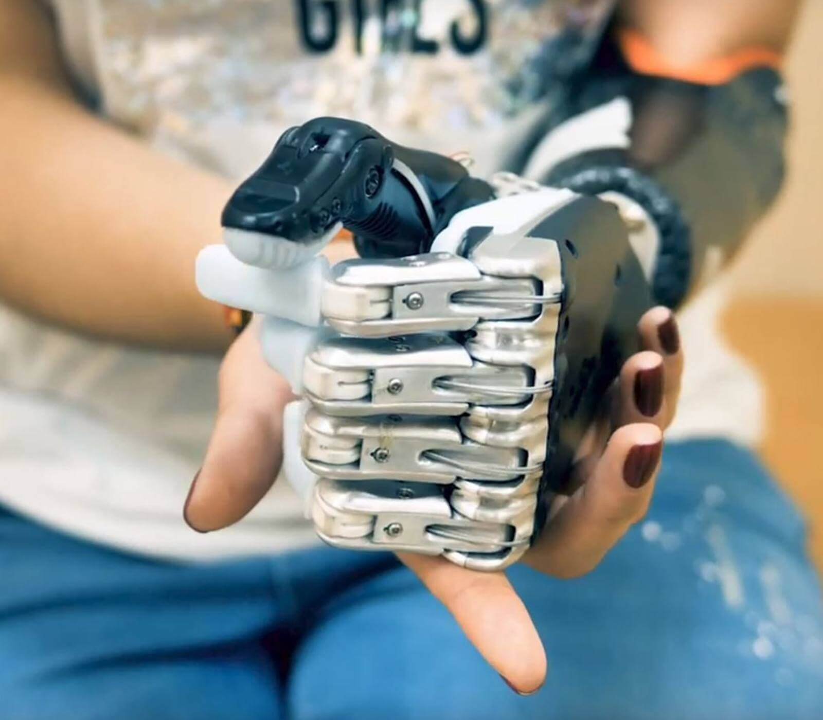 artificial intelligence robot arm