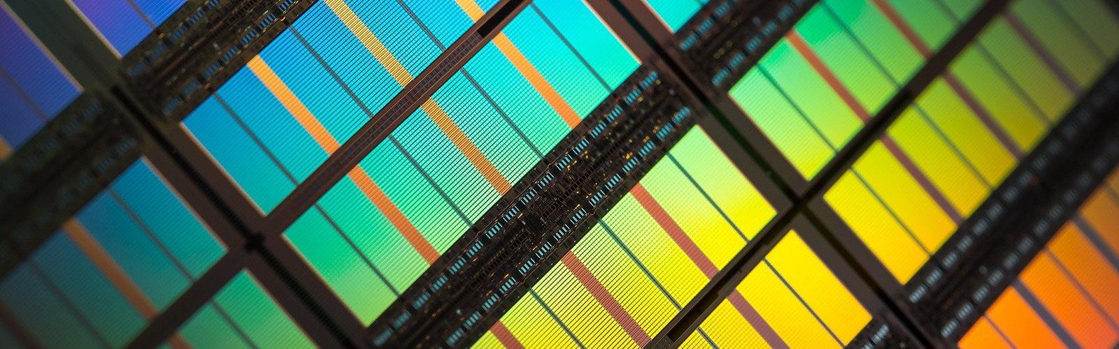Next-Gen Mobile Memory Liberates 5G/AI Innovation