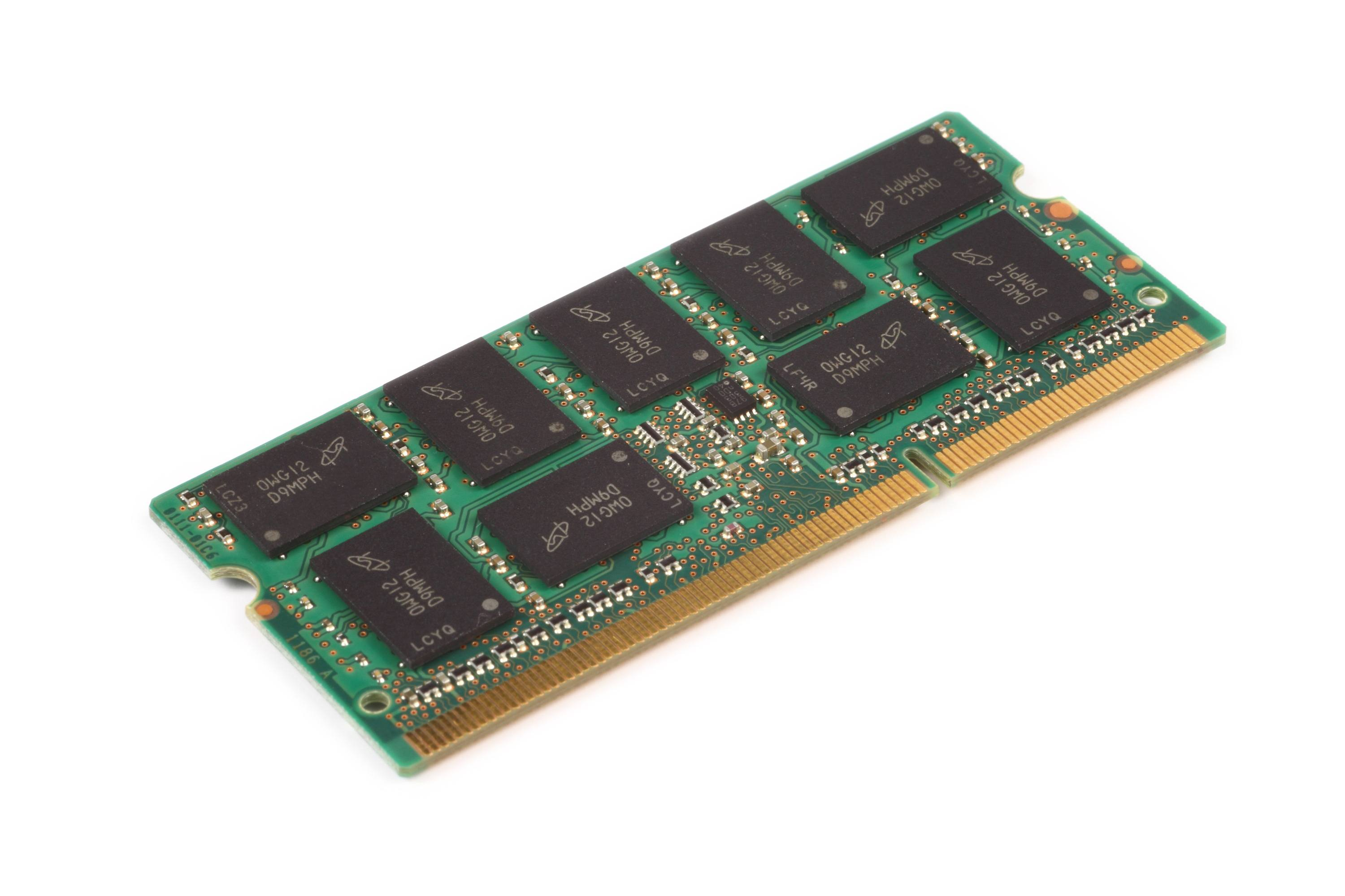 sodimm2 DRAM module including nine components with a FBGA code D9MPH